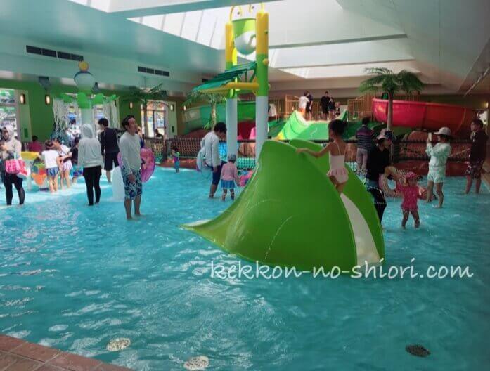 ネスタリゾート神戸 プール ジャバジャバ
