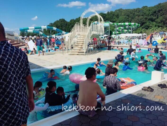 ネスタリゾート神戸 ウォーターフロート 流れるプール
